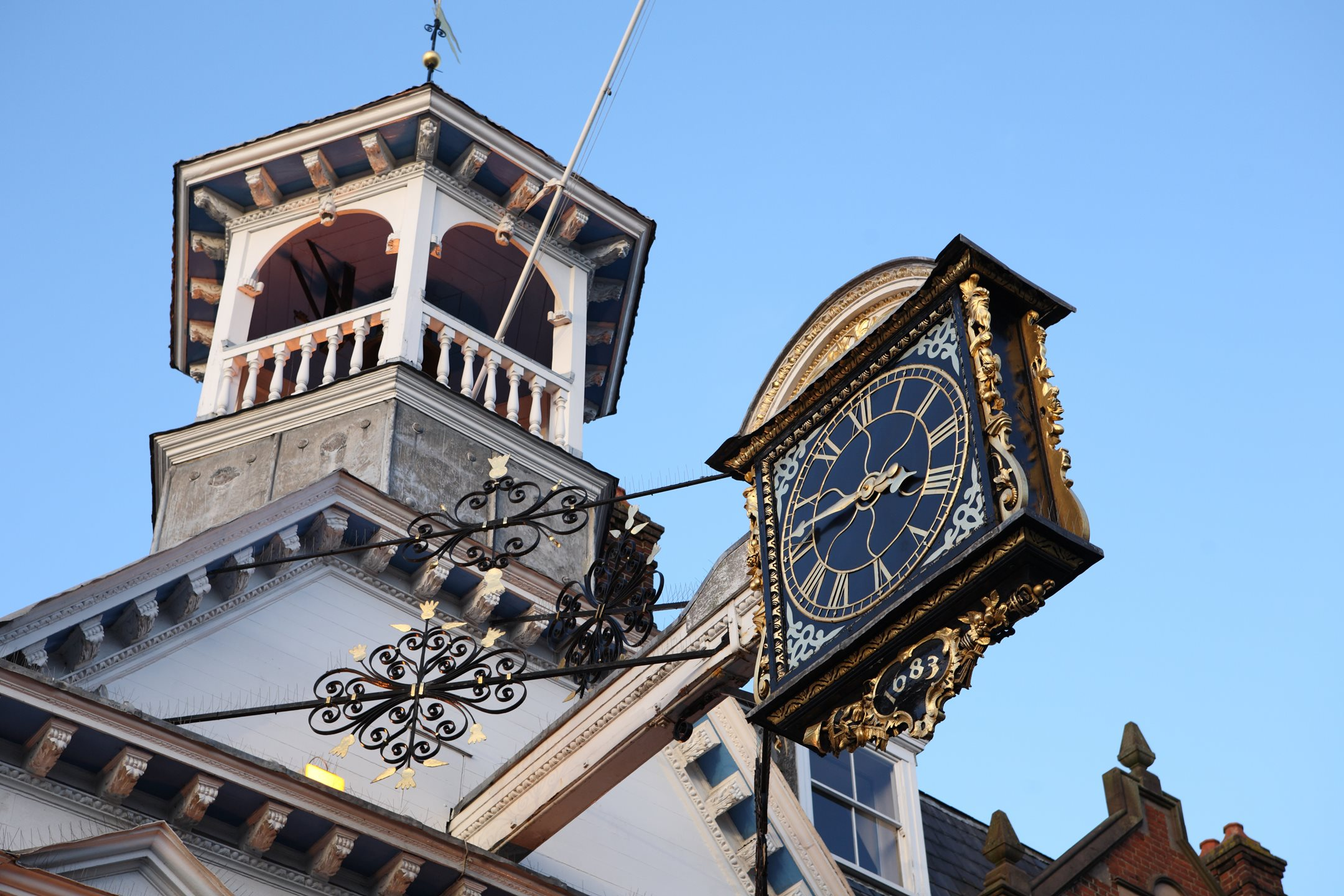 Guildford Guildhall clock