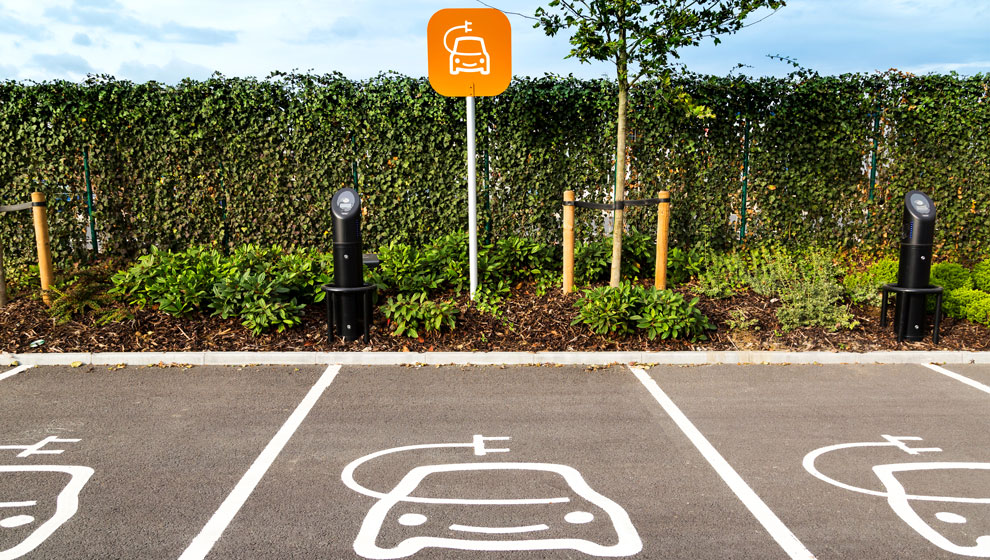 ev-charging-report-supermarket-carpark-990x560.jpg