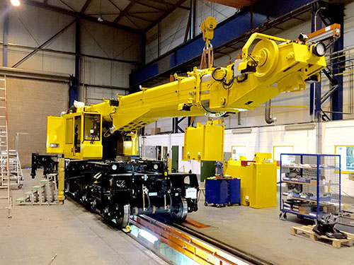 Kirow Multi TaskerKRC250 crane