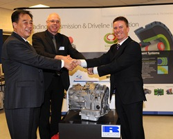 (L-R) Shengrui Chairman Liu Xiangwu, Professor Tenberge, Ricardo CEO Dave Shemmans celebrate the first 8AT prototype at Ricardo in Feb 2010. Shengrui has now been recognized with a China Patent Gold Award for the 8AT