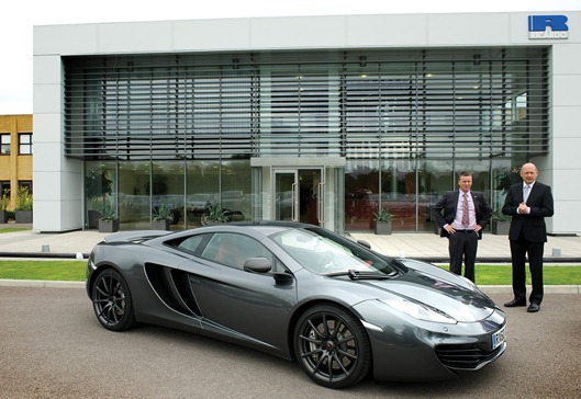 Dave Shemmans and Ron Dennis with a McLaren MP4-12C