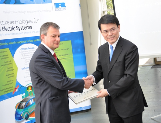 Dr Roger Thornton welcomes Secretary of State for the Environment in Hong Kong Mr Edward Yau to Ricardo