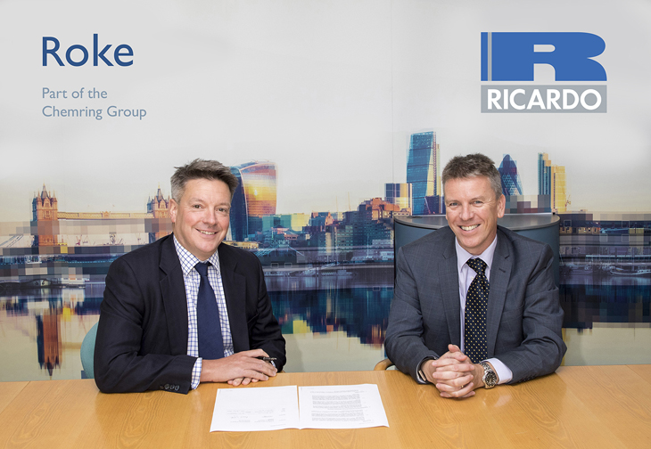 Roke MD (Left) and Ricardo CEO Dave Shemmans (Right) on signing MoU